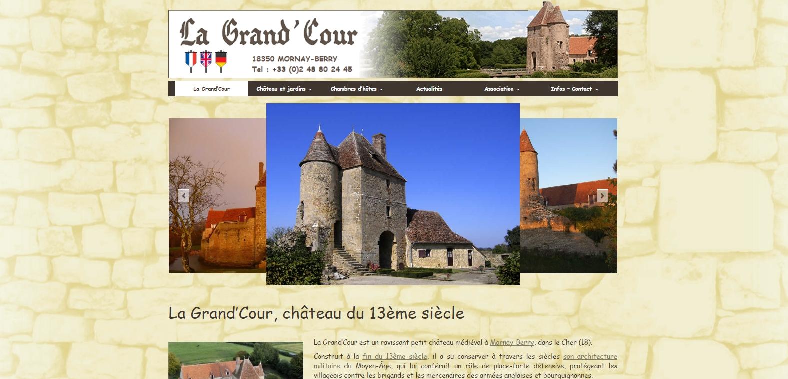 Château médiéval et chambres d'Hôte La Grand'Cour | Mornay-Berry (18)